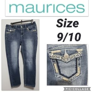 Maurices Capri Size 9/10 Bling